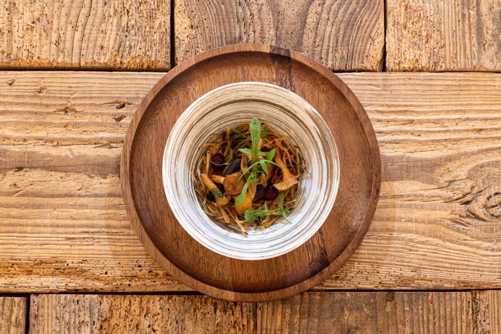 Assiette par Yuri Nagaya, Cheffe au restaurant l'Amateur de Thés