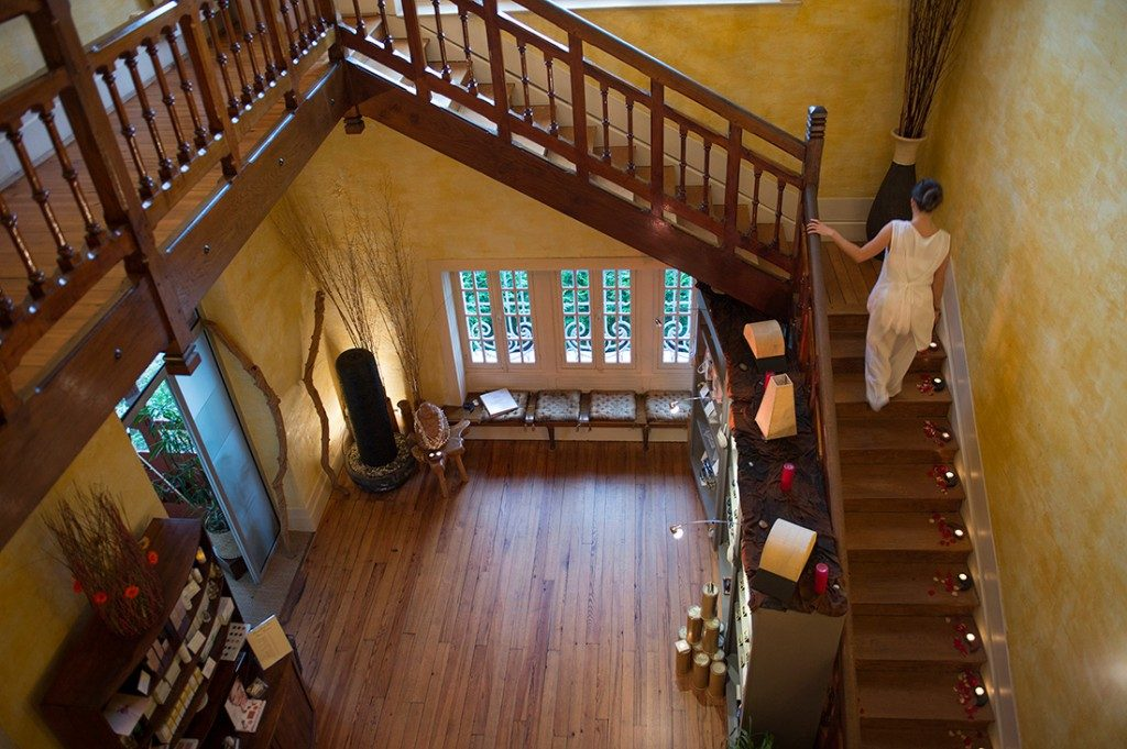 SPA Terra Nostra, escalier menant à l'étage