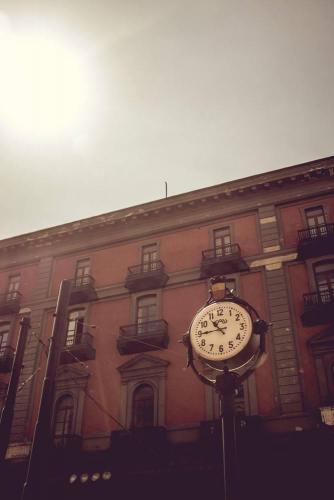Naples / Napoli, horloge