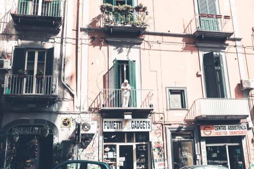 Naples / Napoli, un balcon